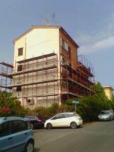Il palazzo dell'ATER, oggetto del restauro