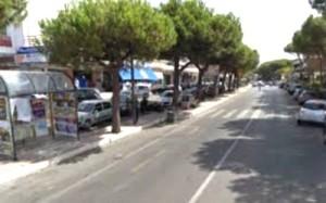 La zona commerciale del Rione Pirgus lungo la via Aurelia