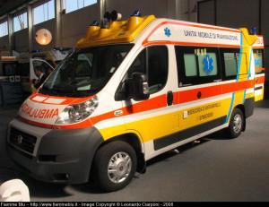 L'ambulanza della Misericordia di Santa Marinella.