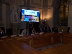 La foto della conferenza.