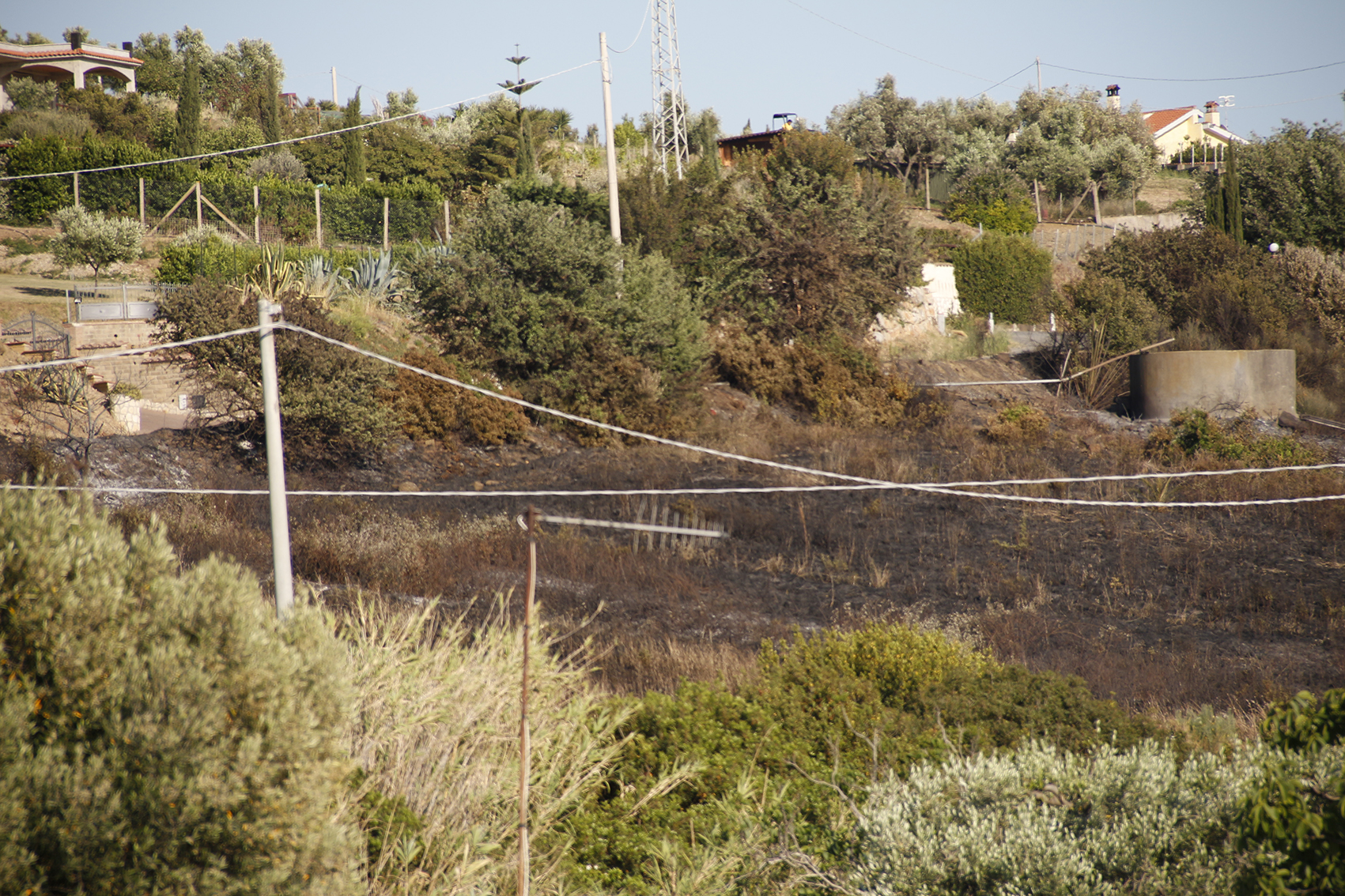 Tornano gli incendi estivi: quattro solo a Santa Marinella in poche ore
