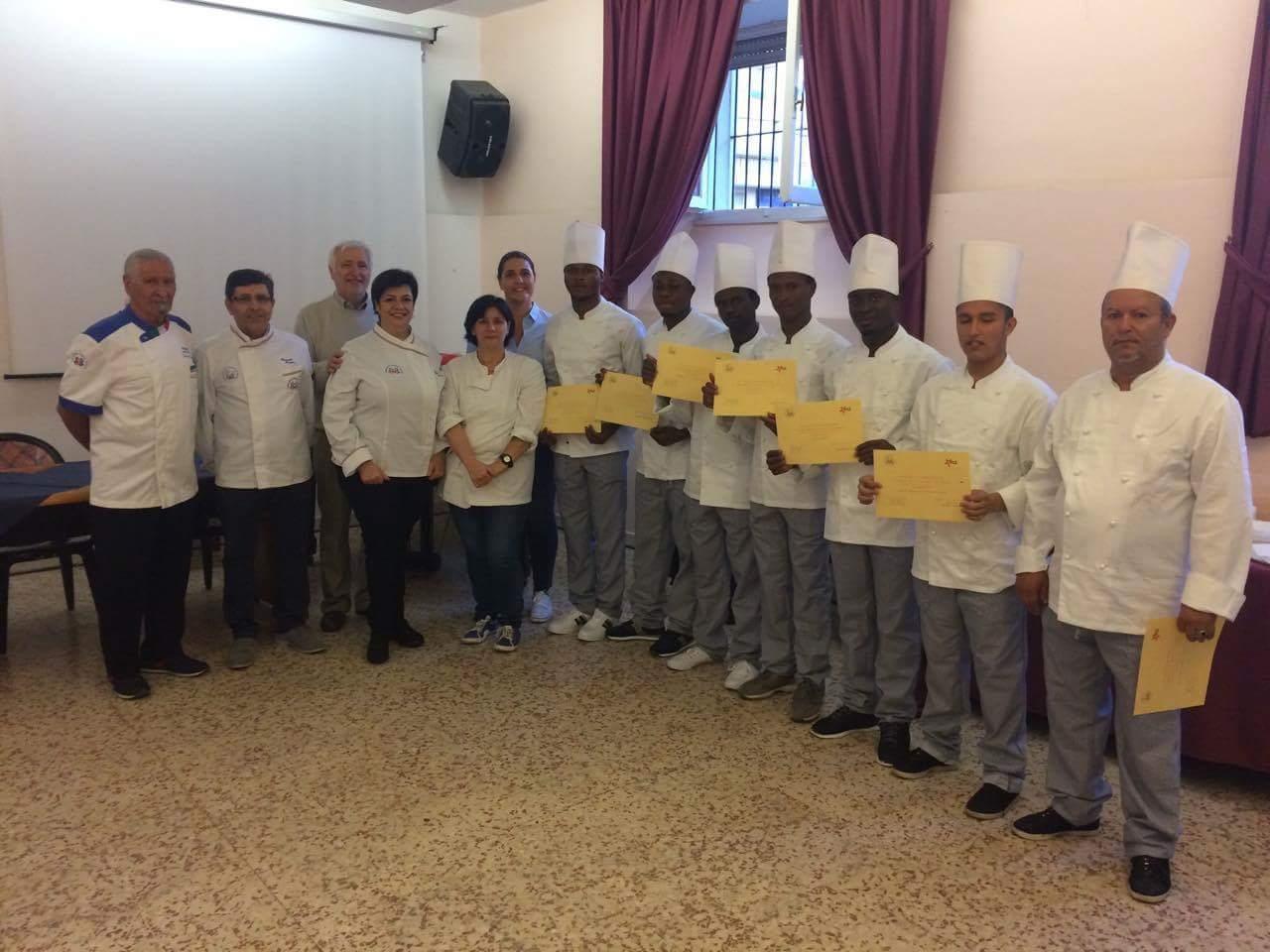 Arci Civitavecchia: Concluso il corso di cucina per sette ragazzi del progetto SPRAR
