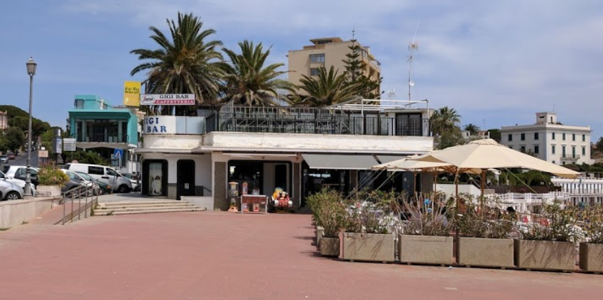 Spiaggia Perla del Tirreno: previsto anche un bar nella stagione 2020