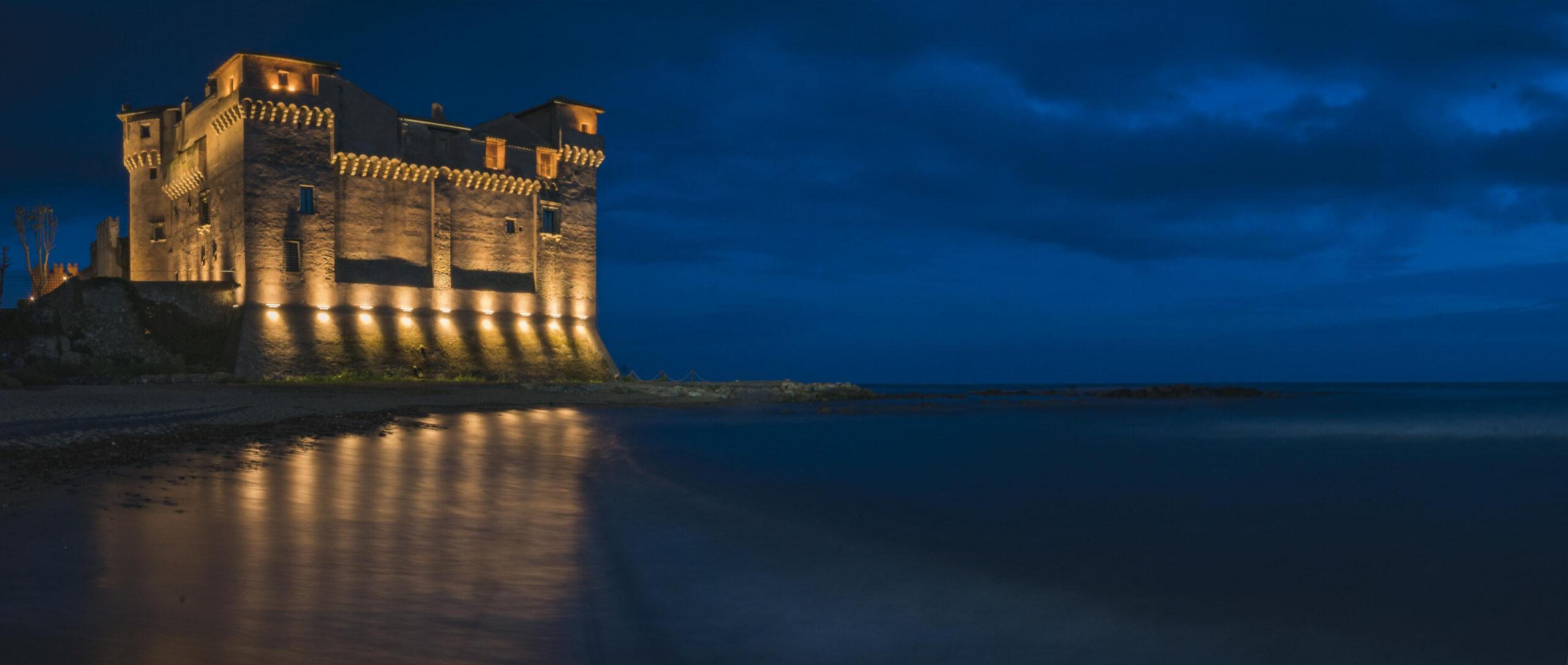 Castello di Santa Severa: Aperimusica e Valerio Massimo Manfredi