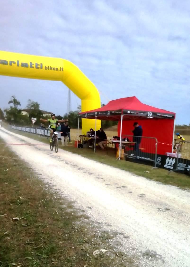 Mtb Santa Marinella: podio più alto per Mariuzzo, Piva e Antimi nella mountain bike e nel ciclocross